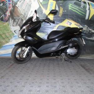 HONDA PCX 125cc – 2013 – ONLY 3439 MILES